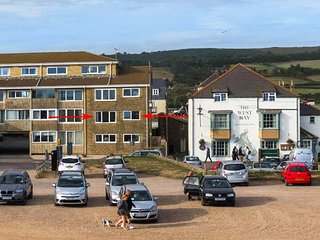 BEACHSIDE, first floor apartment, garage parking, accessible by lift, in West Bay, Ref 918042