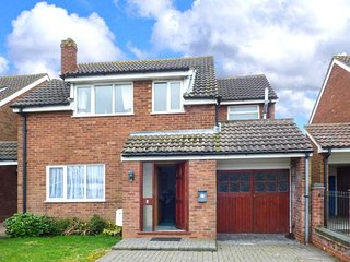 OFF PUDDLE HILL family-friendly, close to attractions, lovely views in Hixon
