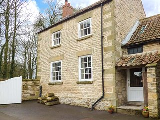 HEADON YARD COTTAGE, stone-built, woodburner, pet-friendly, parking, near