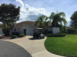 GREAT Location 2/2 Villa with Golf Cart, The Villages