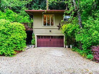 Bonne Chere, Guerneville Vacation Rental, Hot Tub