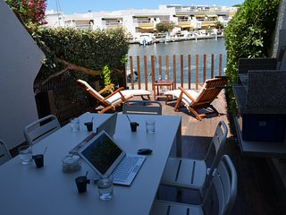 Marina Duplexe, Hôtel privé luxe, Port Camargue