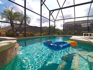 EMERALD ISLAND (8547SK) - Amazing 4BR 3BA Villa, Pool & Spa, gated Resort 10