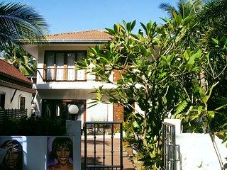 Villa Whitney