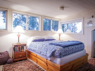 Furnished 3-Bedroom Home at Brewster St & Costa St San Francisco