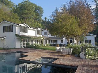 #153 Beverly Hills Vacation Estate with Pool and Tennis