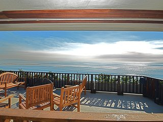 #223 Beachfront Modern Malibu Home on Secluded Beach w/spa
