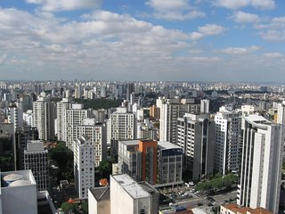 Near to Av. Paulista and Parque do Ibirapuera