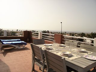 HIGHLY RATED AND UPGRADED Sea View Villa at Marina Golf Complex, free wifi!
