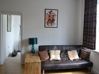 Lovely 2 bedroom apartment (Ealing), Londra