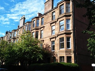 Family 2 Bed West End Apartment, Glasgow