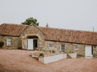 Luxury Spacious Cottage With Large Garden, St. Andrews