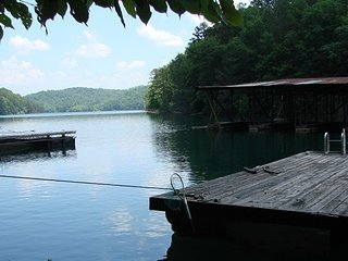Sleeping Bear Cabin - Lake Front with Private Dock, Murphy