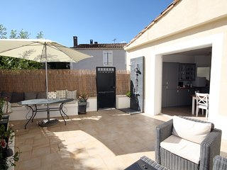 Impressive 4 Bed Newly Renovated property (2016), Pouzols-Minervois