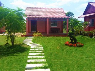 Location de Bungalows moderne, Kampot