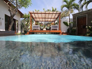 FREE CHEF - Umalas Retreat 4, (3 bed villa), Seminyak