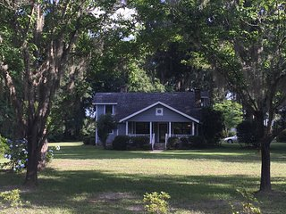 Florida Cracker Style Home, Live Oak
