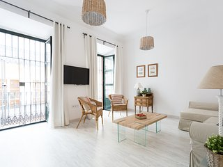 APARTMENTSOLE-CERRAJERIA CENTER - 1, Sevilla