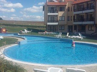 Oasis Resort, Kamchia