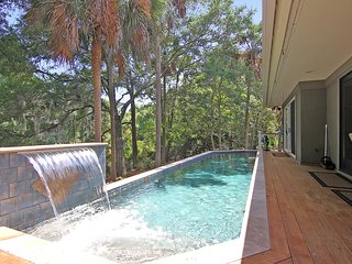 Kiawah Island  388 Governors Drive, With PRIVATE  POOL