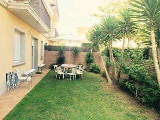house 5min to the beach, Sant Feliu de Guixols