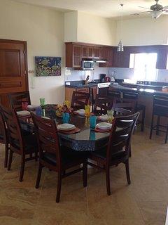 dinning kitchen area