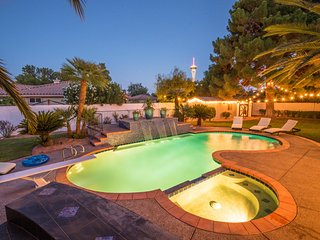 Modern Moroccan Hideaway-1 mile from The STRIP!, Las Vegas