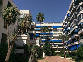 Fuengirola Centre Sunny Apartment