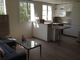 F4 design, 3 chambres doubles, près de la Défense