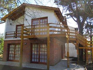 """Cabaña """"8"""" - 2 Cuadras de la PLAYA e 3 del CENTRO, Villa Gesell"""