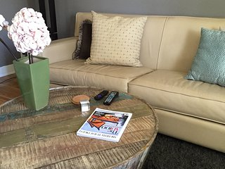 Cosmopolitan Comfort, Glendale