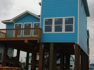 THE BLUE PEARL BEACH HOUSE IN GALVESTON TX, Galveston