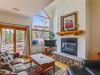 Pines 101 Ski-in-out 4 BR