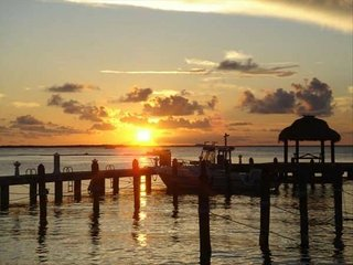 PARADISE IN KEY LARGO Townhouse W/Boat Slip, Key Largo