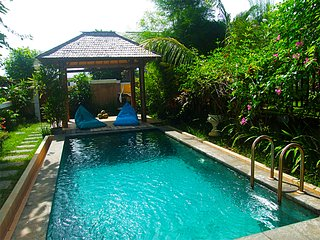 Villa in quiet area with pool and ocean view, Pecatu