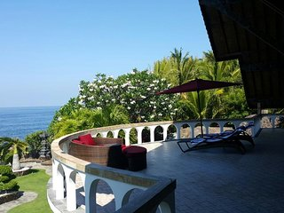 Matahari Luxury private Villa, Pool, Dive Center