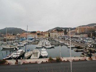 Appartement type F3 idéalement, Port-Vendres