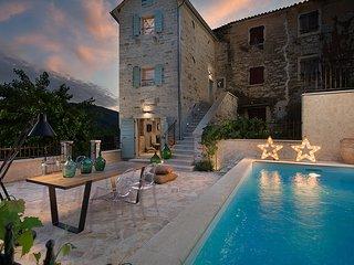 Villa Gradinje, Buzet