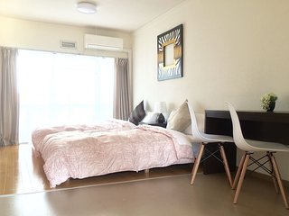 2 Bedrooms, 5min Namba! Portable  WiFi, Osaka