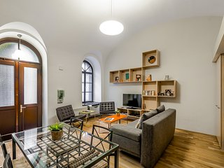 Amazing, Modern, Air Con, Opera, Contemporary Home - Paty's Place, Budapest