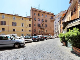 Pallaro, the most central location in Rome, Roma