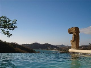 Views, Infinity Pool, Walking distance to town, San Juan del Sur