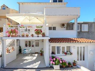 Apartment Leona- One Bedroom Apartment