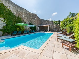 Gite Olivier - La Maison Des Vignes - Luxury gites & heated pool