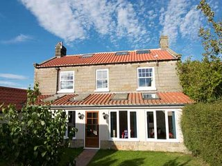 Grange Farm Cottage Whitby, Hawsker