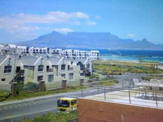 Luxury Penthouse Apartment Big Bay Beachfront Cape Town, Bloubergstrand