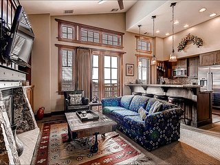 Easy Access to Shopping, Dining, and Skiing - High End Finishes and Tasteful Furnishings (13629)