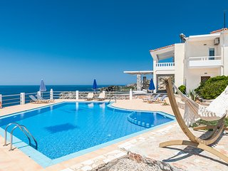 Villa Penelope with stunning views to the sea