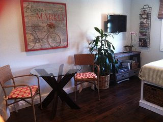 Furnished Studio Home at Ardmore Ave & 11th St Hermosa Beach