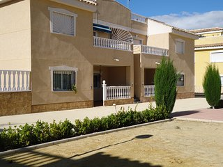 Beautiful modern groundfloor apartment, Formentera Del Segura